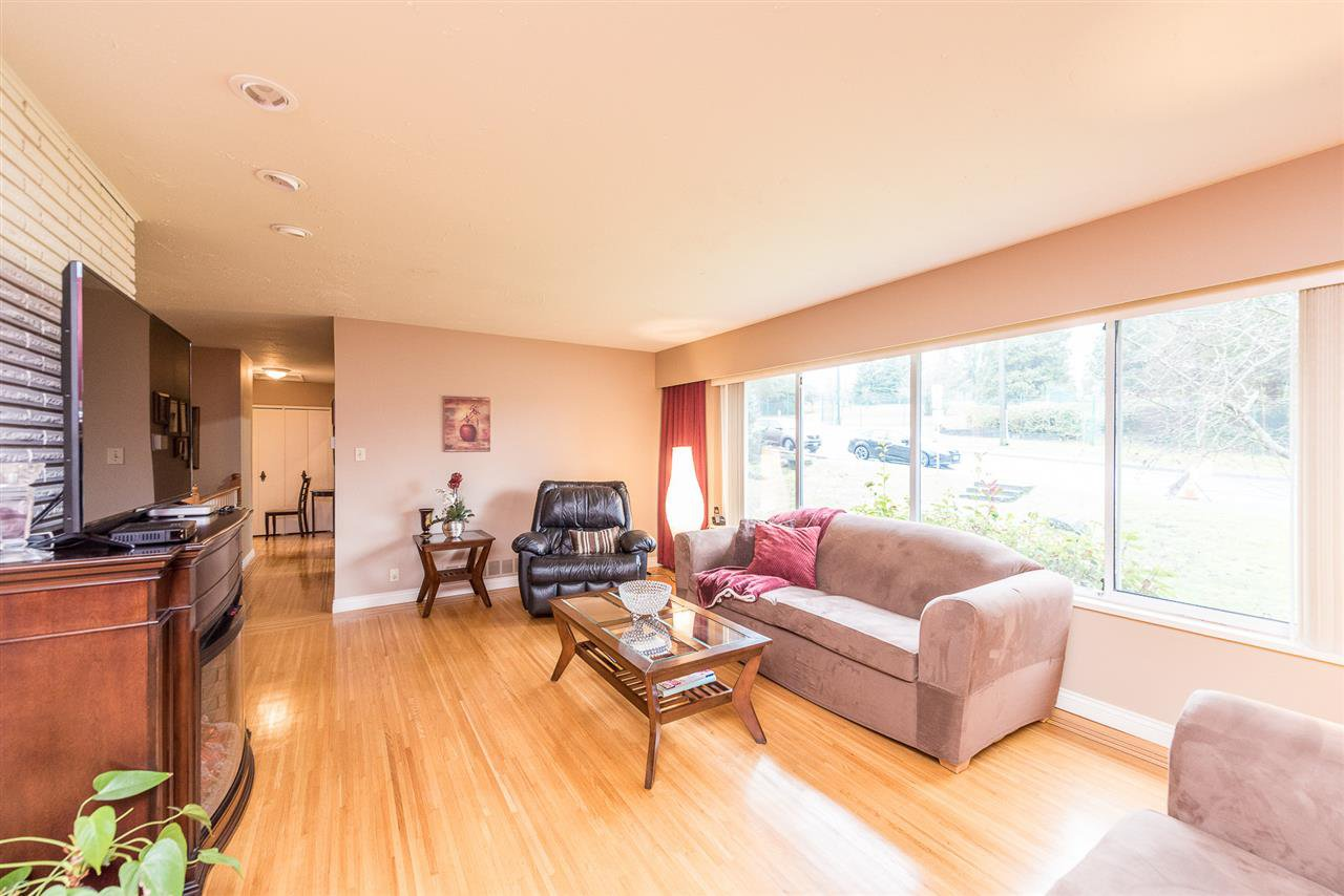 Photo 2: Photos: 1184 GLENAYRE Drive in Port Moody: College Park PM House for sale : MLS®# R2359619
