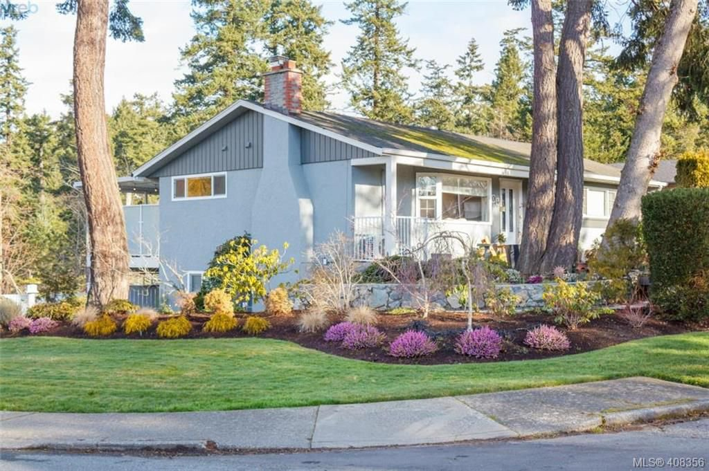 Main Photo: 704 Brookridge Place in VICTORIA: SW Northridge Single Family Detached for sale (Saanich West)  : MLS®# 408356