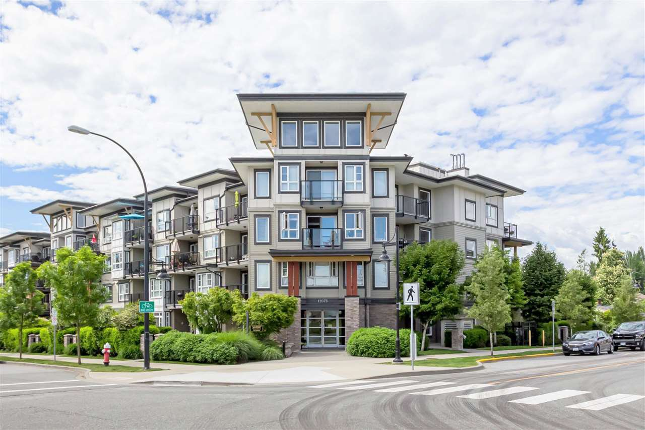 "Main Photo: 115 12075 EDGE Street in Maple Ridge: East Central Condo for sale in ""The Edge"" : MLS®# R2372794"