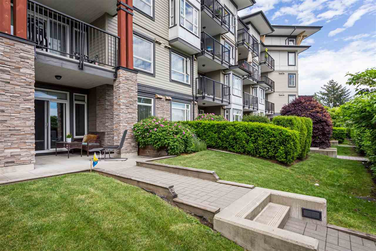 """Photo 18: Photos: 115 12075 EDGE Street in Maple Ridge: East Central Condo for sale in """"The Edge"""" : MLS®# R2372794"""