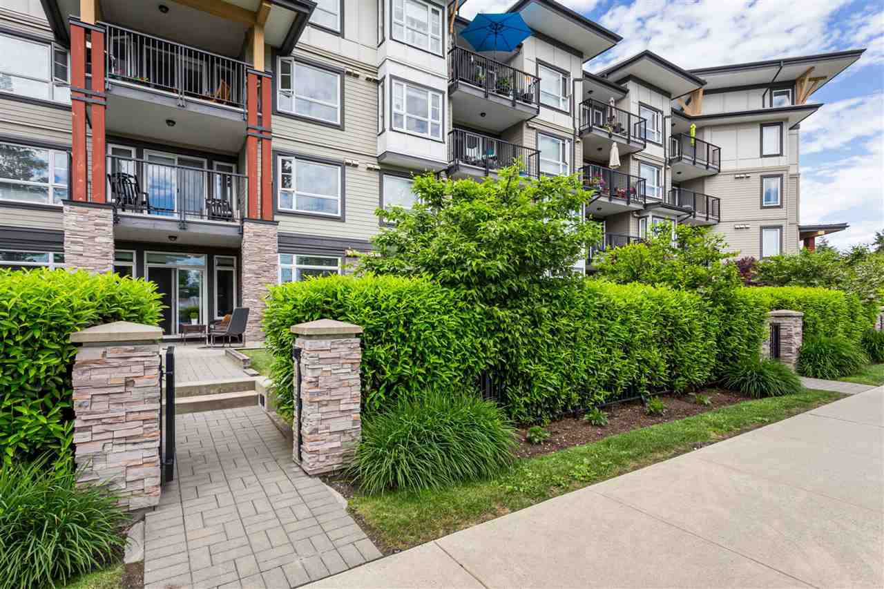 """Photo 19: Photos: 115 12075 EDGE Street in Maple Ridge: East Central Condo for sale in """"The Edge"""" : MLS®# R2372794"""