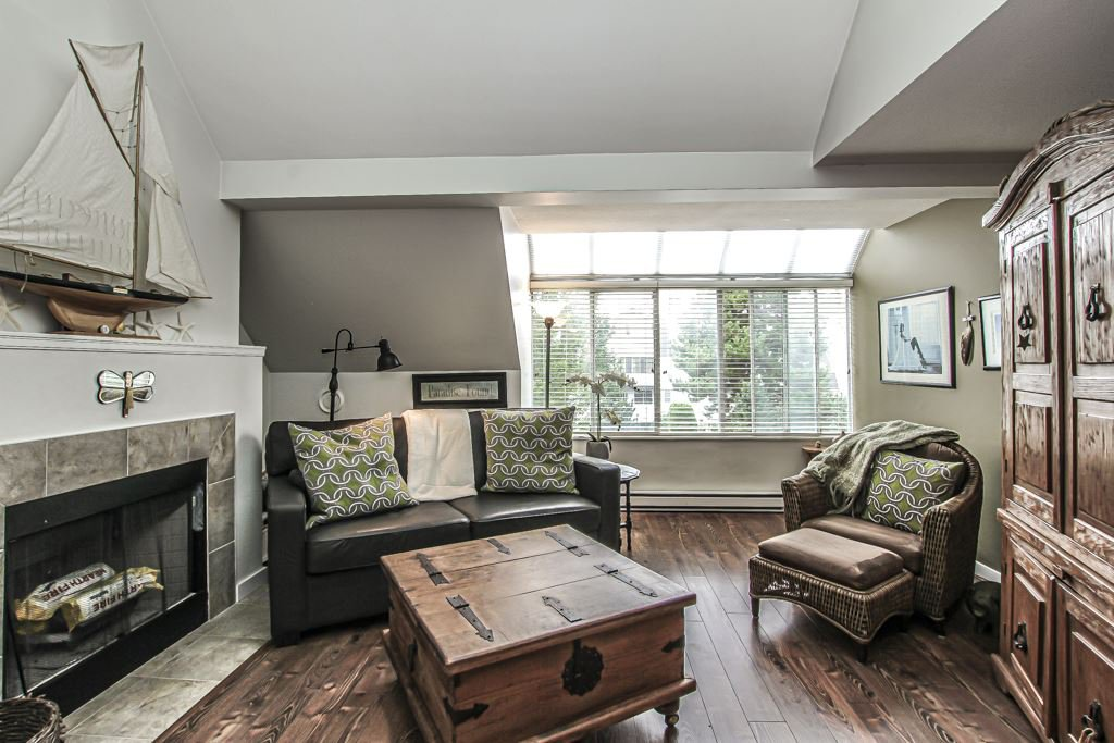 """Main Photo: 303 7471 BLUNDELL Road in Richmond: Brighouse South Condo for sale in """"Canterbury Court"""" : MLS®# R2402160"""