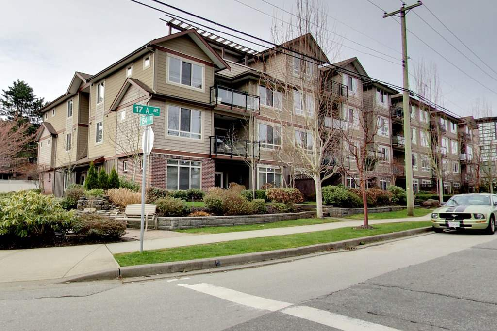 Main Photo: 202 15368 17A AVENUE in Surrey: King George Corridor Condo for sale (South Surrey White Rock)  : MLS®# R2151700