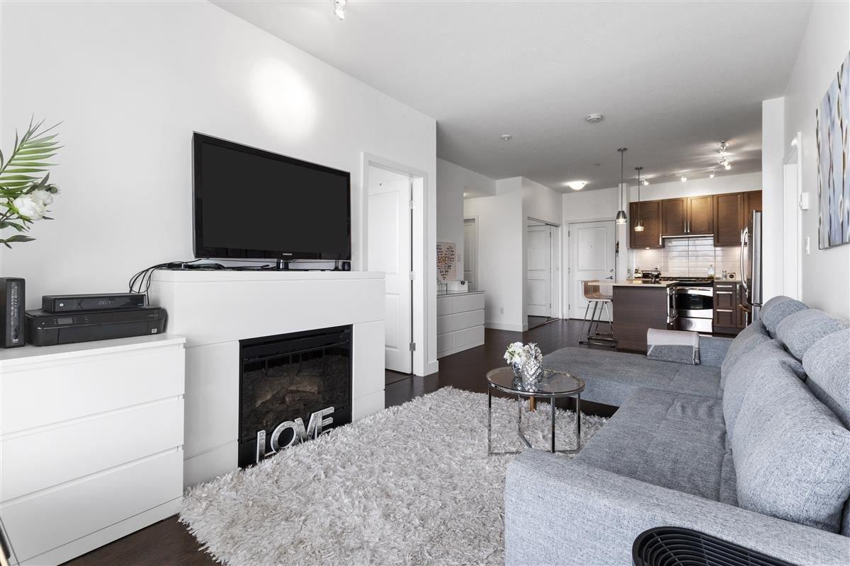 Main Photo: 316 15850 26 Avenue in Surrey: Grandview Surrey Condo for sale (South Surrey White Rock)  : MLS®# R2469816