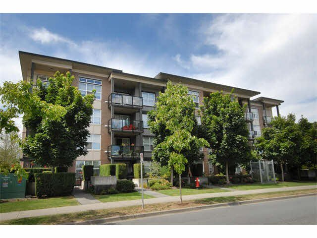 Main Photo: 427 10707 139TH Street in Surrey: Whalley Condo for sale (North Surrey)  : MLS®# F1430047