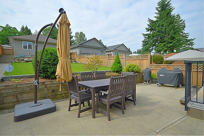 Photo 13: Photos: 2168 PITT RIVER Road in Port Coquitlam: Mary Hill House for sale : MLS®# V1126383
