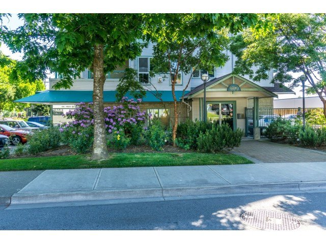 "Main Photo: 304 6390 196 Street in Langley: Willoughby Heights Condo for sale in ""Willow Gate"" : MLS®# R2070503"