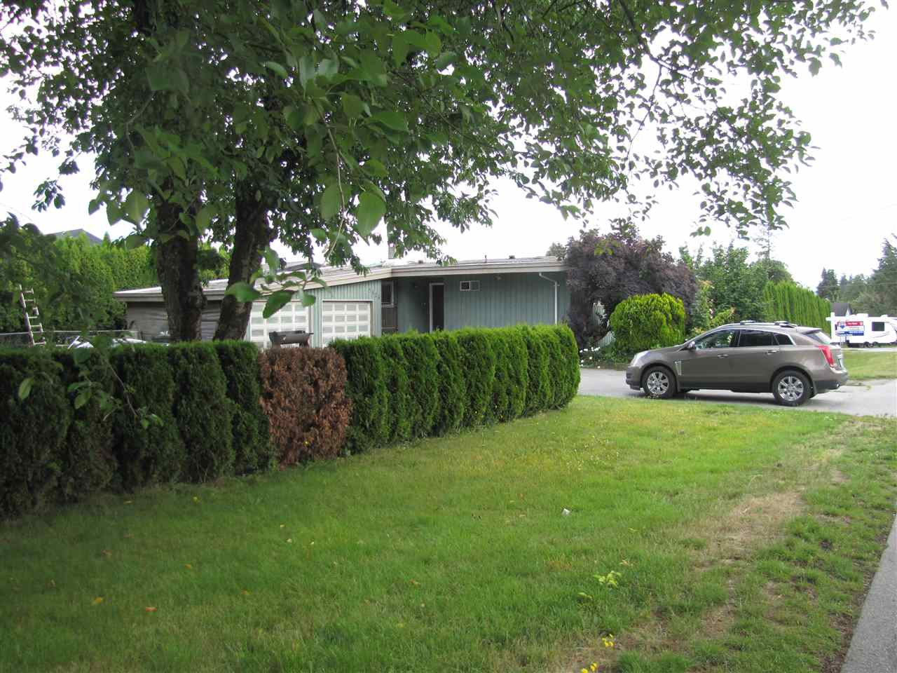 Main Photo: 5824 172 Street in Surrey: Cloverdale BC House for sale (Cloverdale)  : MLS®# R2088081