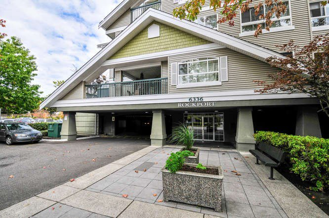 "Main Photo: 206 6336 197 Street in Langley: Willoughby Heights Condo for sale in ""ROCKPORT"" : MLS®# R2112376"