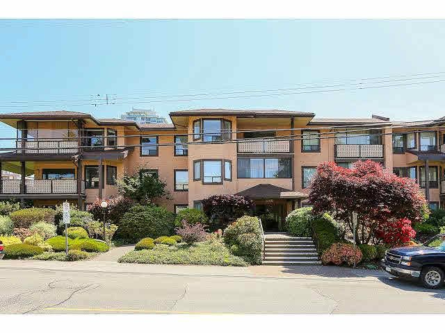 Main Photo: 206 1460 MARTIN STREET in : White Rock Condo for sale : MLS®# F1413507