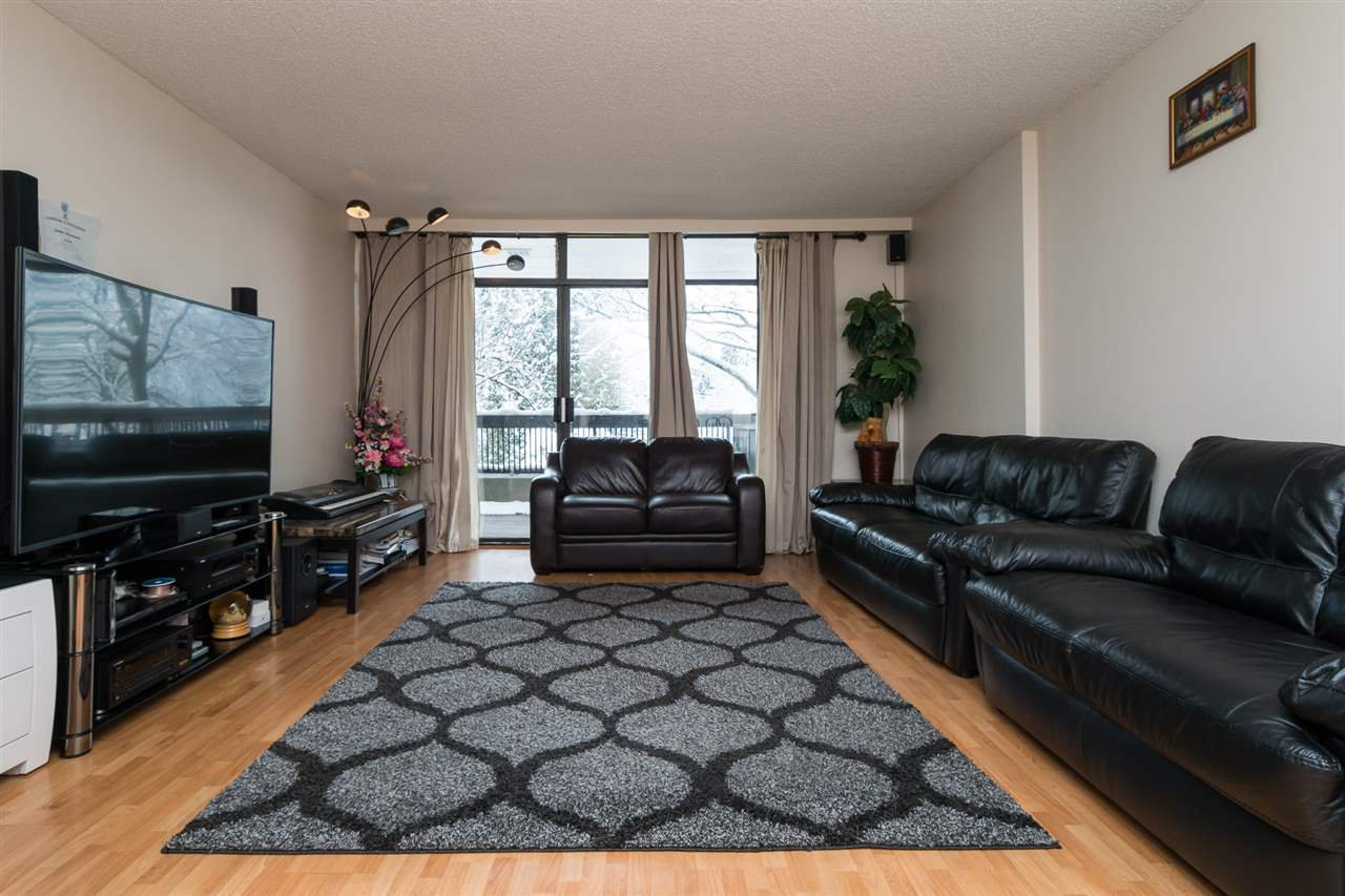 Photo 3: Photos: 206 5932 PATTERSON Avenue in Burnaby: Metrotown Condo for sale (Burnaby South)  : MLS®# R2137892