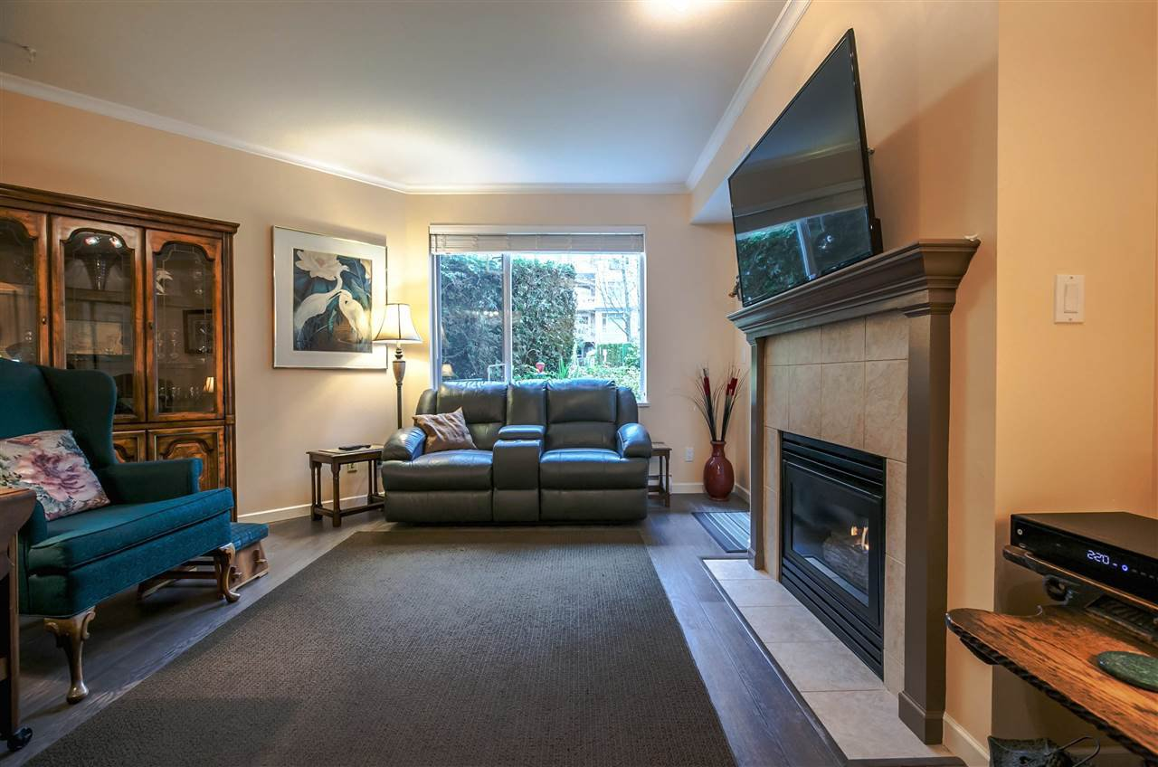 "Photo 11: Photos: 214 3608 DEERCREST Drive in North Vancouver: Roche Point Condo for sale in ""DEERFIELD AT RAVENWOODS"" : MLS®# R2157311"