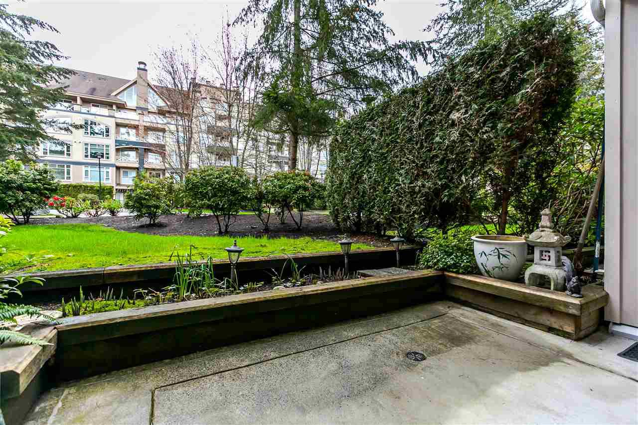 "Photo 12: Photos: 214 3608 DEERCREST Drive in North Vancouver: Roche Point Condo for sale in ""DEERFIELD AT RAVENWOODS"" : MLS®# R2157311"