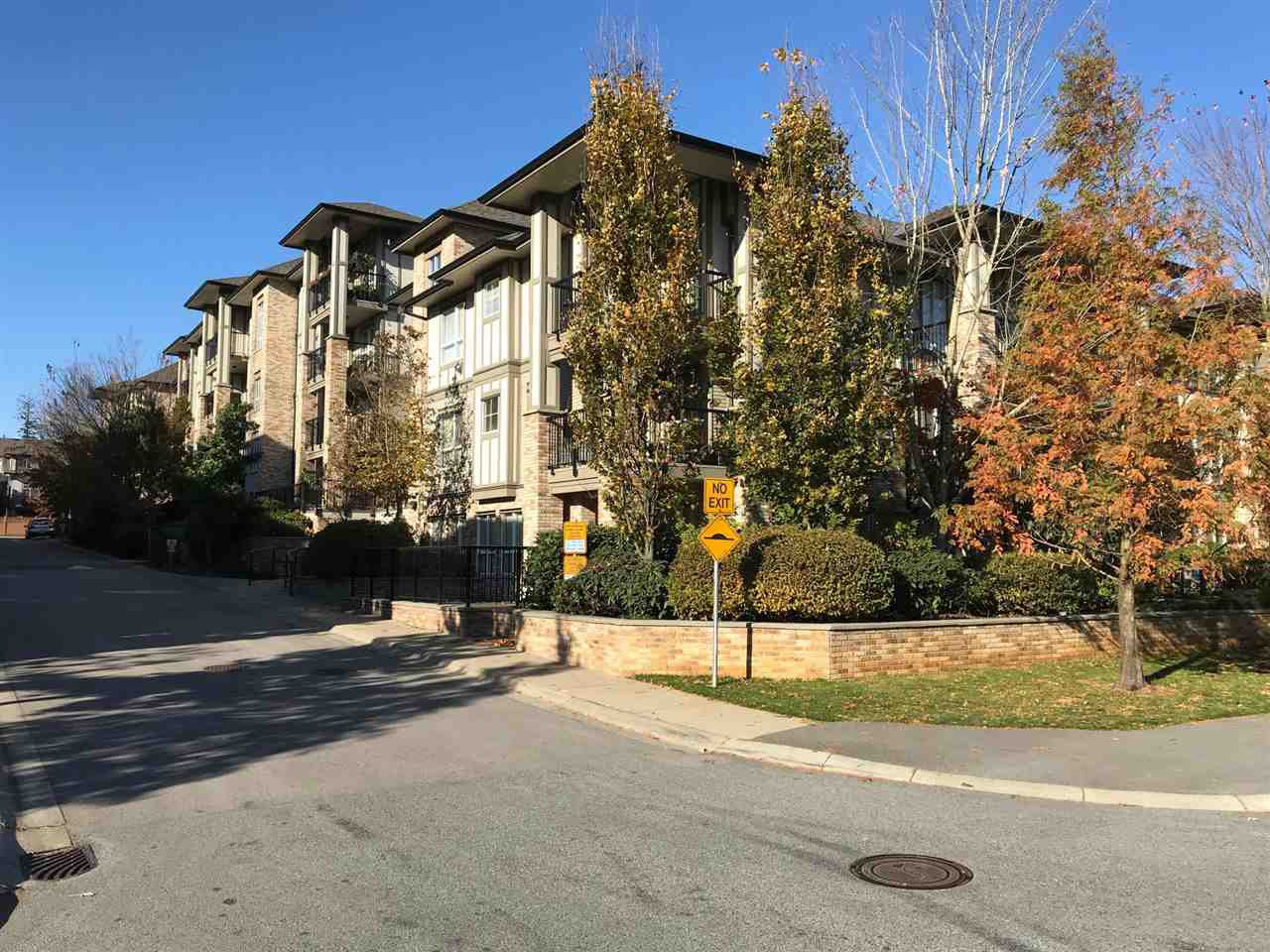 "Main Photo: 510 8717 160 Street in Surrey: Fleetwood Tynehead Condo for sale in ""Vernazza"" : MLS®# R2220479"