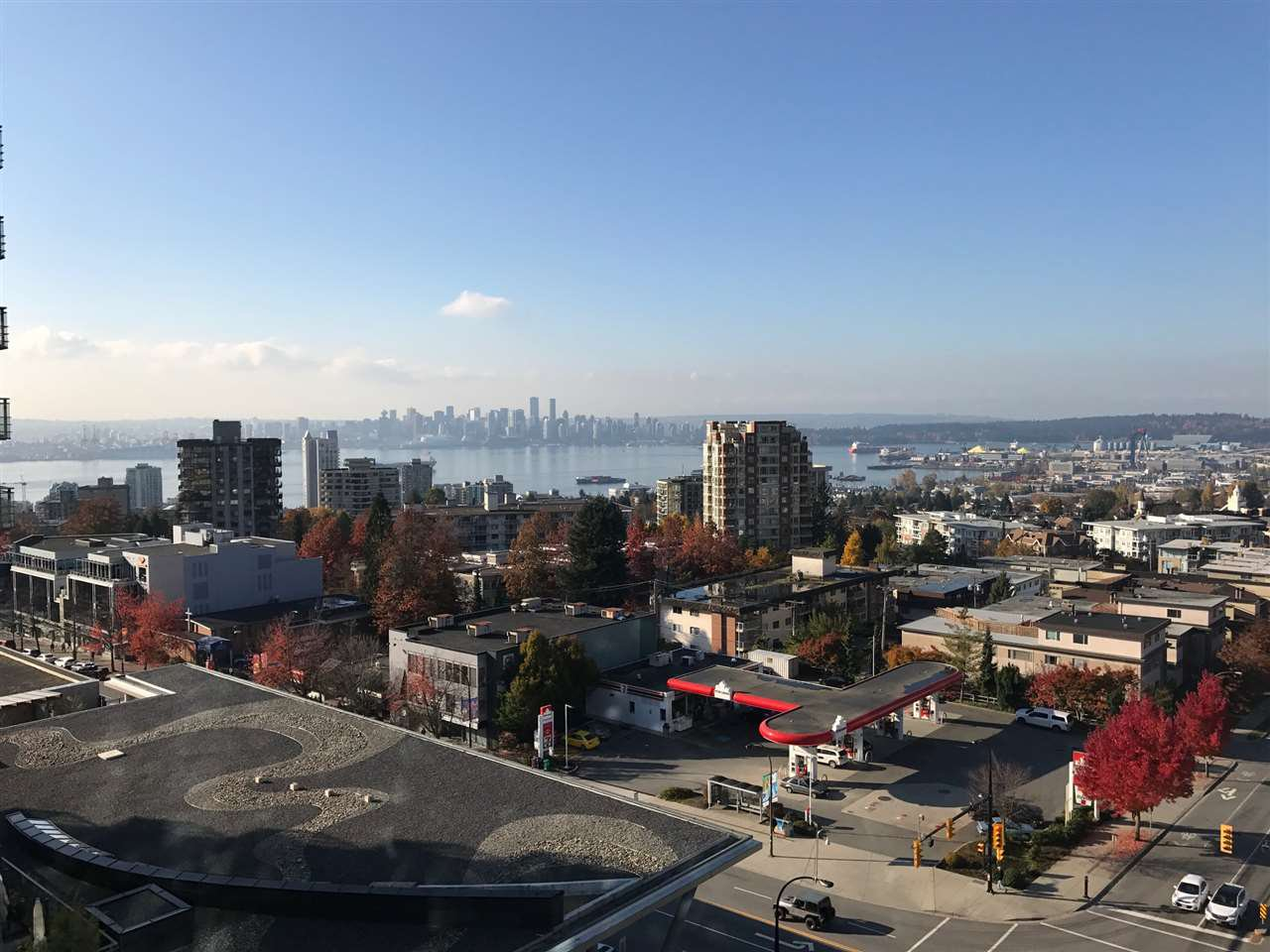 Photo 17: Photos: 112 E.13th Street in North Vancouver: Central Lonsdale Condo for rent