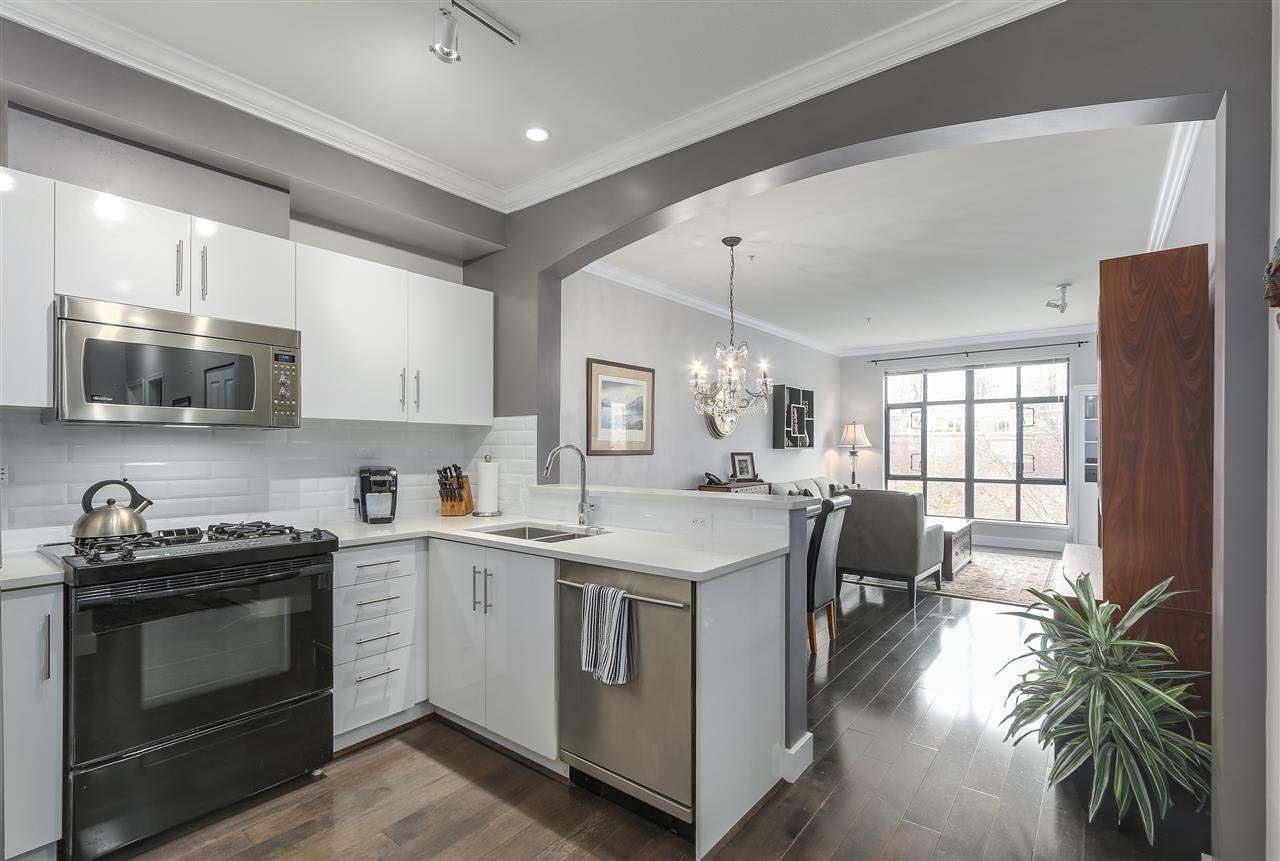 """Main Photo: 363 2175 SALAL Drive in Vancouver: Kitsilano Condo for sale in """"The Savona"""" (Vancouver West)  : MLS®# R2252765"""