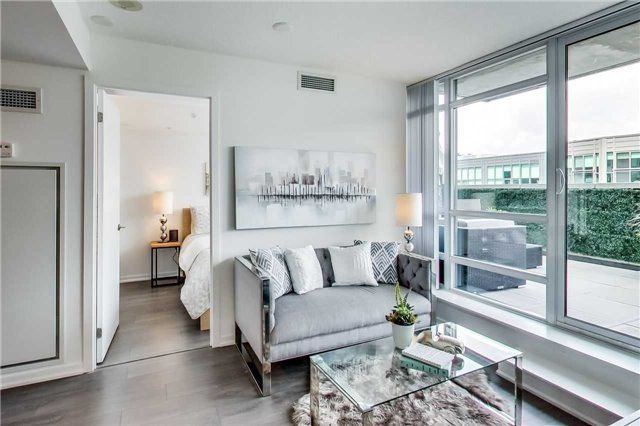 Photo 3: Photos: 919 68 Abell Street in Toronto: Little Portugal Condo for sale (Toronto C01)  : MLS®# C4225636