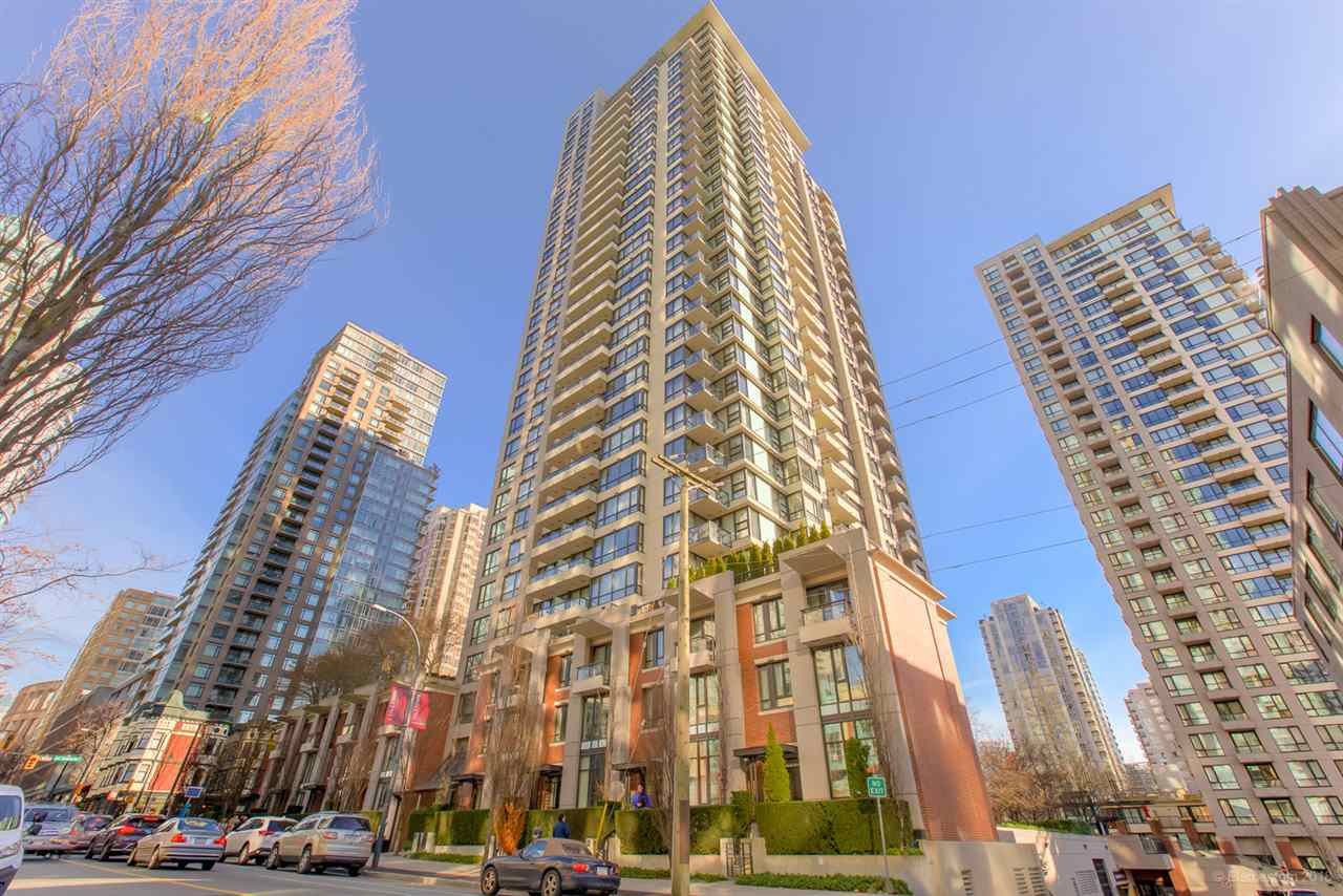 """Main Photo: 310 928 HOMER Street in Vancouver: Yaletown Condo for sale in """"YALETOWN PARK 1"""" (Vancouver West)  : MLS®# R2326773"""