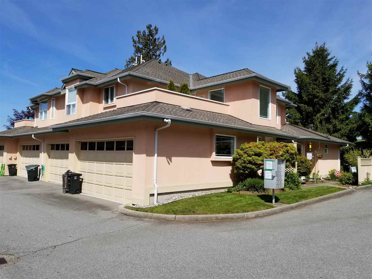 "Main Photo: 12 19044 118B Avenue in Pitt Meadows: Central Meadows Townhouse for sale in ""PIONEER MEADOWS"" : MLS®# R2346893"
