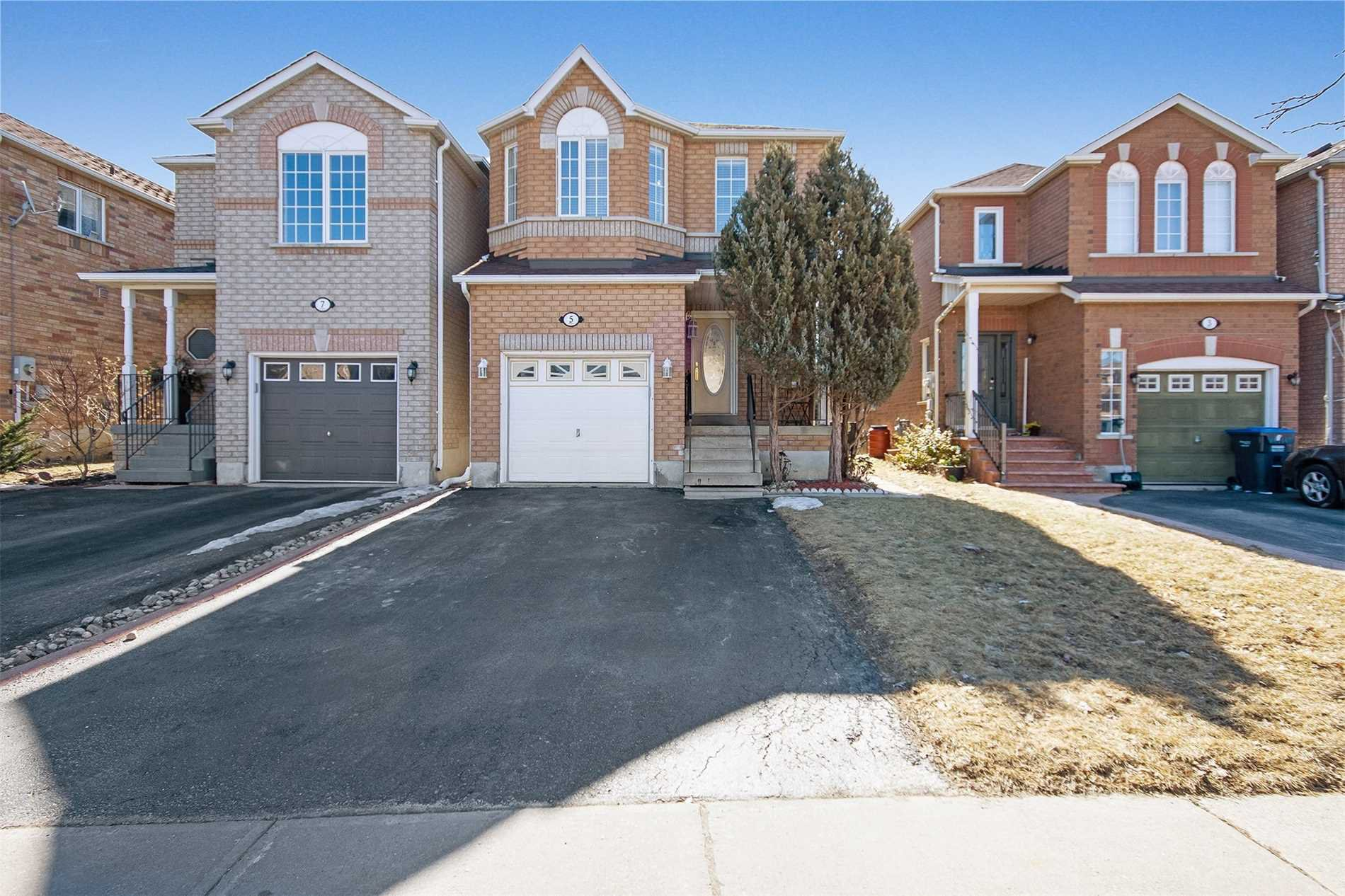 Main Photo: 5 Senator Way in Caledon: Bolton North House (2-Storey) for sale