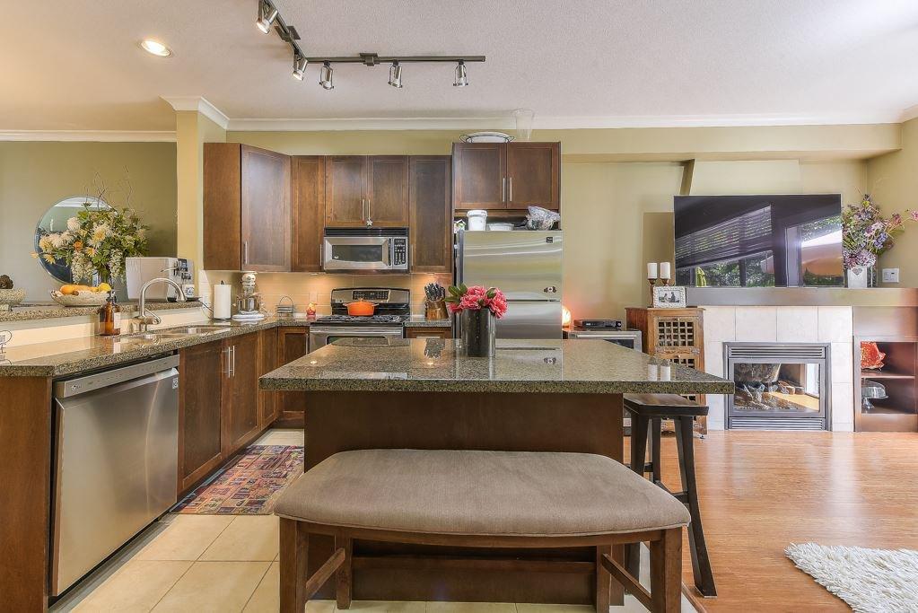 "Photo 9: Photos: 62 15151 34 Avenue in Surrey: Morgan Creek Townhouse for sale in ""Sereno"" (South Surrey White Rock)  : MLS®# R2377273"