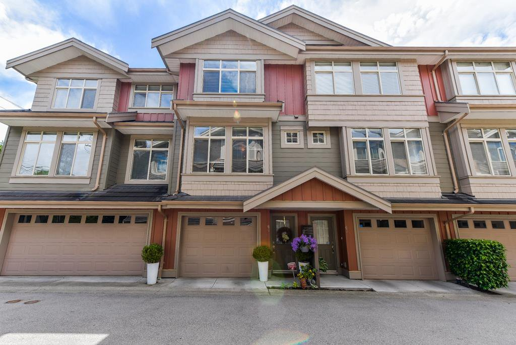 "Main Photo: 62 15151 34 Avenue in Surrey: Morgan Creek Townhouse for sale in ""Sereno"" (South Surrey White Rock)  : MLS®# R2377273"