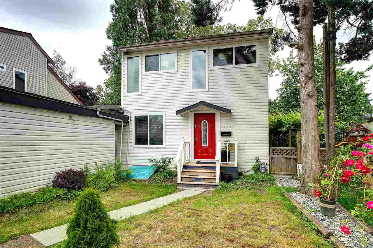 Main Photo: 3010 ASHBROOK Place in Coquitlam: Meadow Brook House for sale : MLS®# R2378695