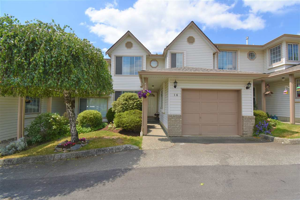 "Main Photo: 16 2575 MCADAM Road in Abbotsford: Abbotsford East Townhouse for sale in ""Sunnyhill Terrace"" : MLS®# R2382186"