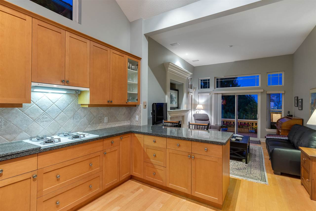Photo 11: Photos: 4936 EDENDALE LANE in West Vancouver: Caulfeild House for sale : MLS®# R2403574
