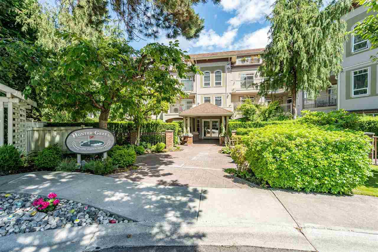"Main Photo: 107 1300 HUNTER Road in Delta: Beach Grove Condo for sale in ""HUNTER GREEN"" (Tsawwassen)  : MLS®# R2469515"