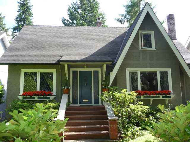 Main Photo: 3692 W 36TH Avenue in Vancouver: Dunbar House for sale (Vancouver West)  : MLS®# V899073