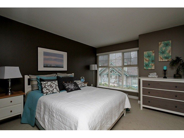 """Main Photo: 52 65 FOXWOOD Drive in Port Moody: Heritage Mountain Townhouse for sale in """"FOREST HILL"""" : MLS®# V1055852"""