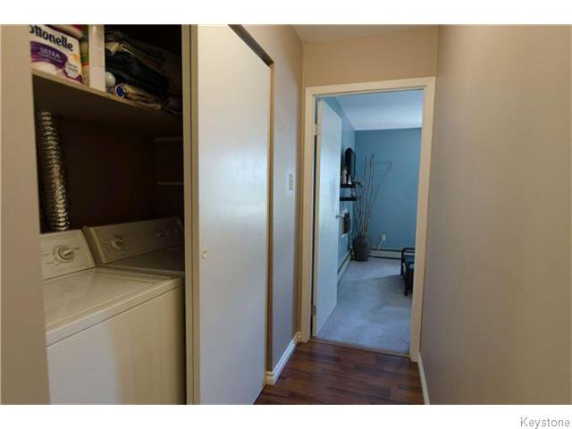 Photo 13: Photos: 481 Thompson Drive in WINNIPEG: St James Condominium for sale (West Winnipeg)  : MLS®# 1600654