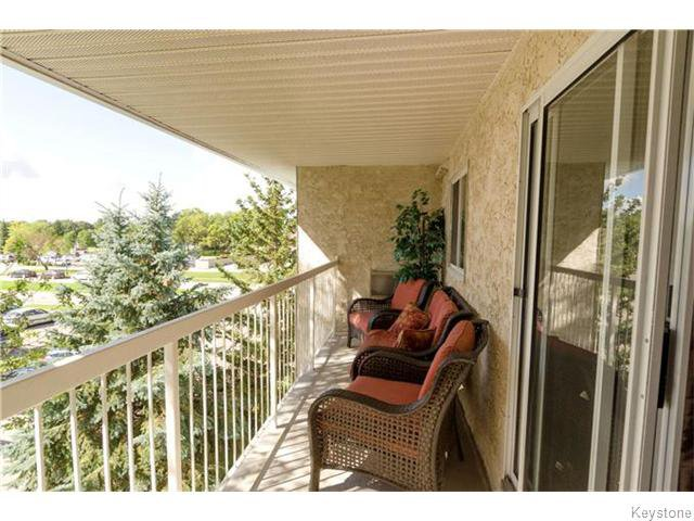 Photo 14: Photos: 481 Thompson Drive in WINNIPEG: St James Condominium for sale (West Winnipeg)  : MLS®# 1600654