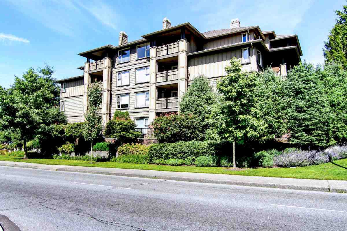 "Main Photo: 402 808 SANGSTER Place in New Westminster: The Heights NW Condo for sale in ""THE BROCKTON"" : MLS®# R2077113"