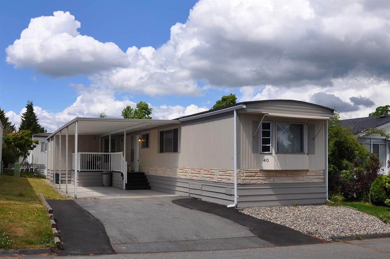 Parking for three, one year old roof, newer exterior paint / 3 coats, new balcony railing.