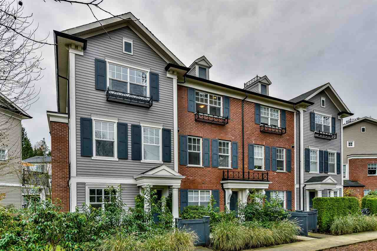 "Main Photo: 66 101 FRASER Street in Port Moody: Port Moody Centre Townhouse for sale in ""CORBEAU"" : MLS®# R2124526"