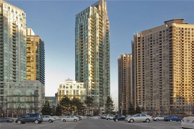Photo 2: Photos: 1804 3939 Duke Of York Boulevard in Mississauga: City Centre Condo for lease : MLS®# W3689485