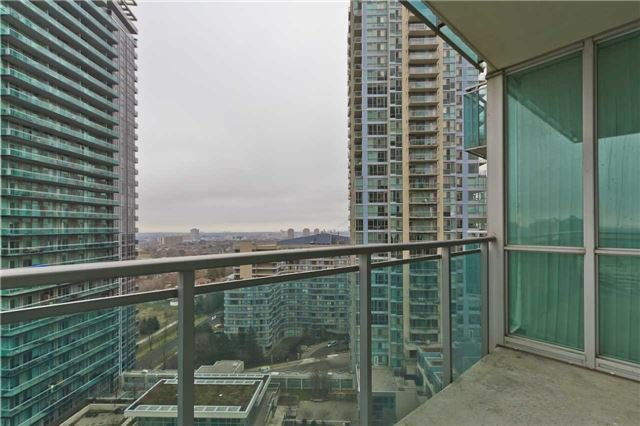 Photo 16: Photos: 1804 3939 Duke Of York Boulevard in Mississauga: City Centre Condo for lease : MLS®# W3689485