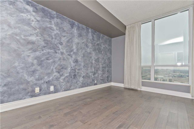 Photo 13: Photos: 1804 3939 Duke Of York Boulevard in Mississauga: City Centre Condo for lease : MLS®# W3689485