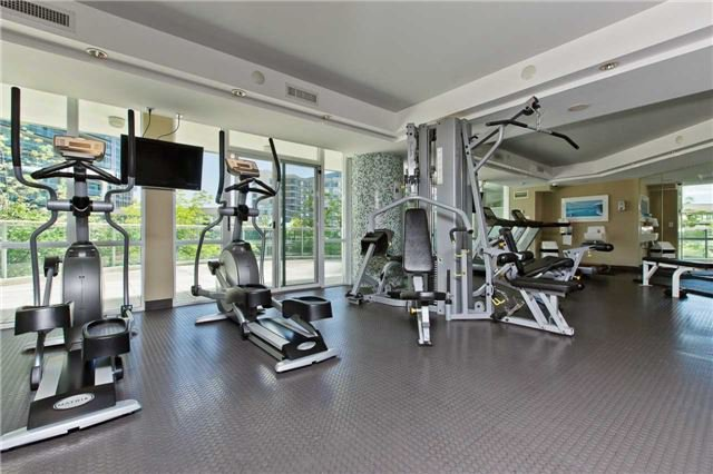 Photo 18: Photos: 1804 3939 Duke Of York Boulevard in Mississauga: City Centre Condo for lease : MLS®# W3689485