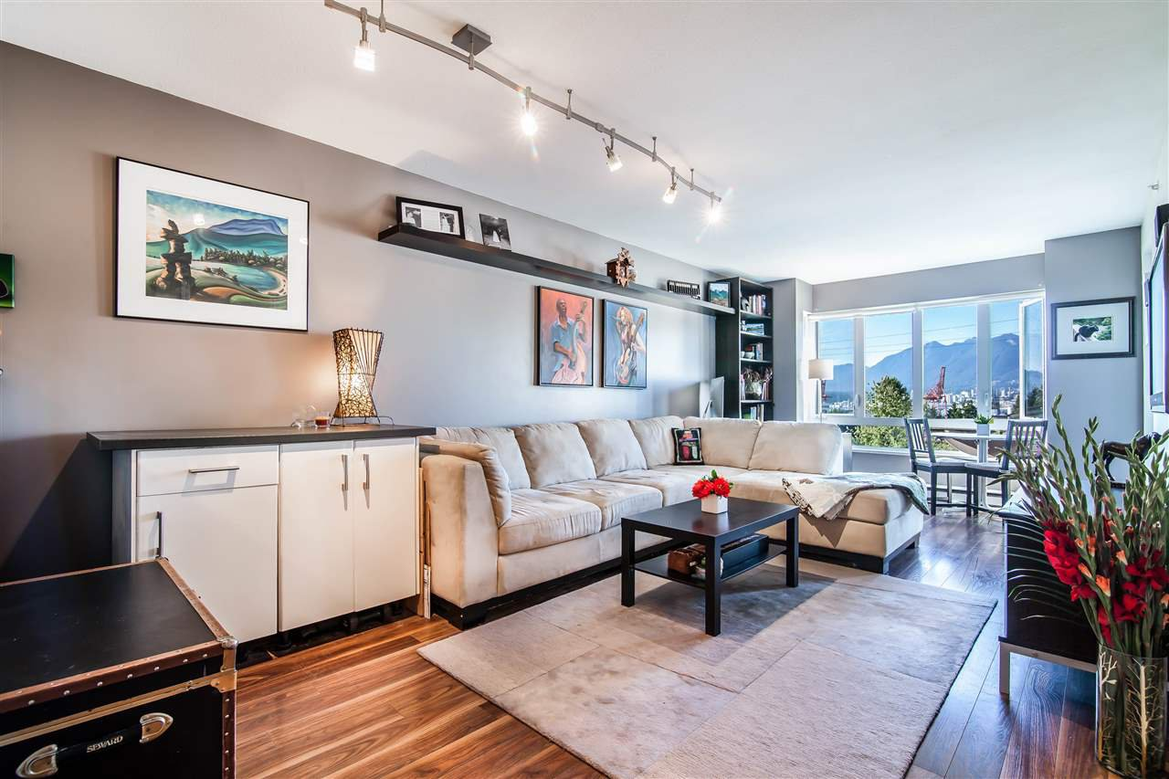 Photo 2: Photos: 403 1823 E GEORGIA Street in Vancouver: Hastings Condo for sale (Vancouver East)  : MLS®# R2216469