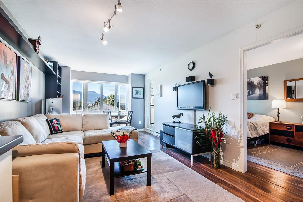Photo 3: Photos: 403 1823 E GEORGIA Street in Vancouver: Hastings Condo for sale (Vancouver East)  : MLS®# R2216469