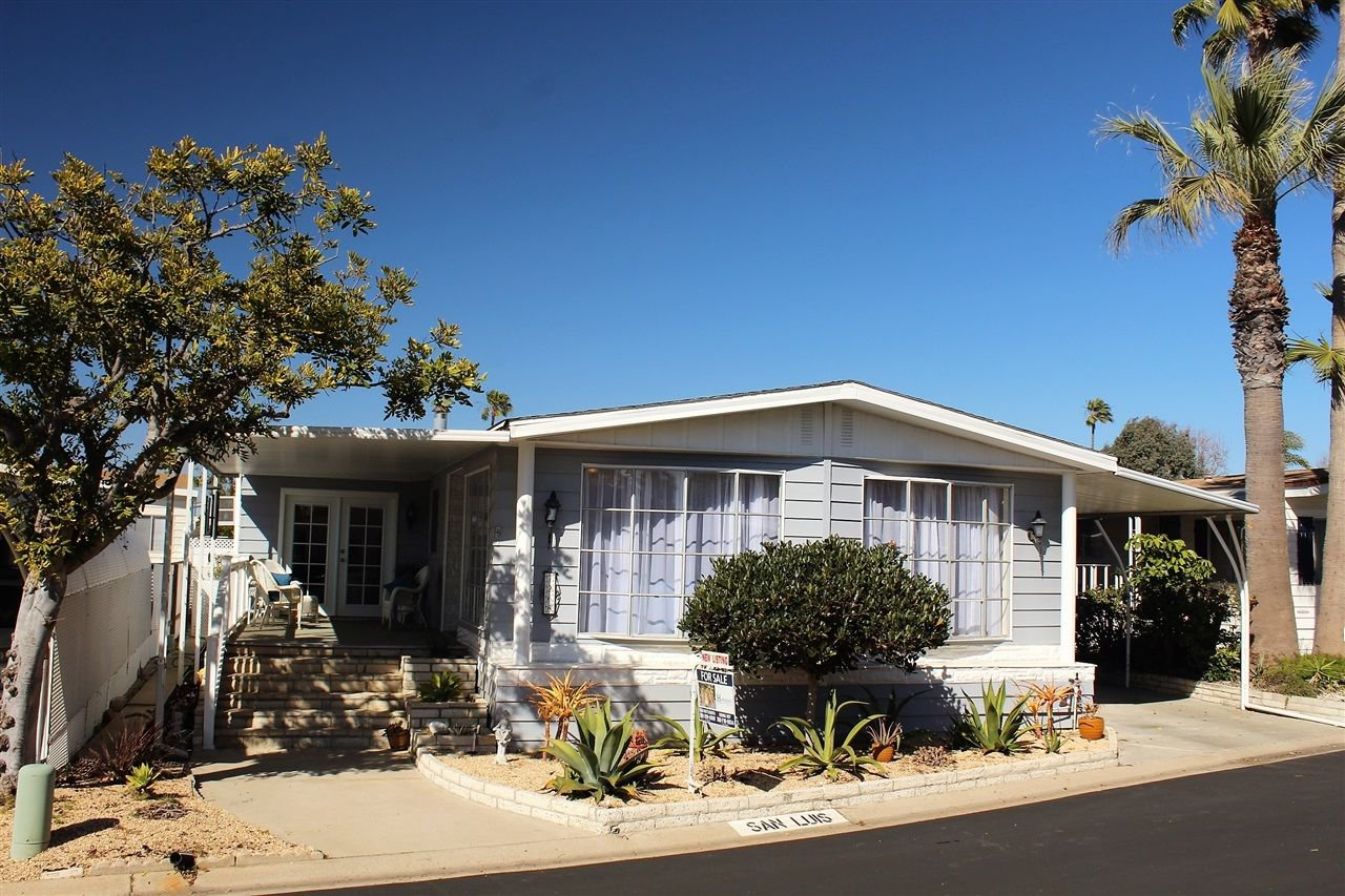 Main Photo: CARLSBAD WEST Manufactured Home for sale : 2 bedrooms : 7268 San Luis #274 in Carlsbad