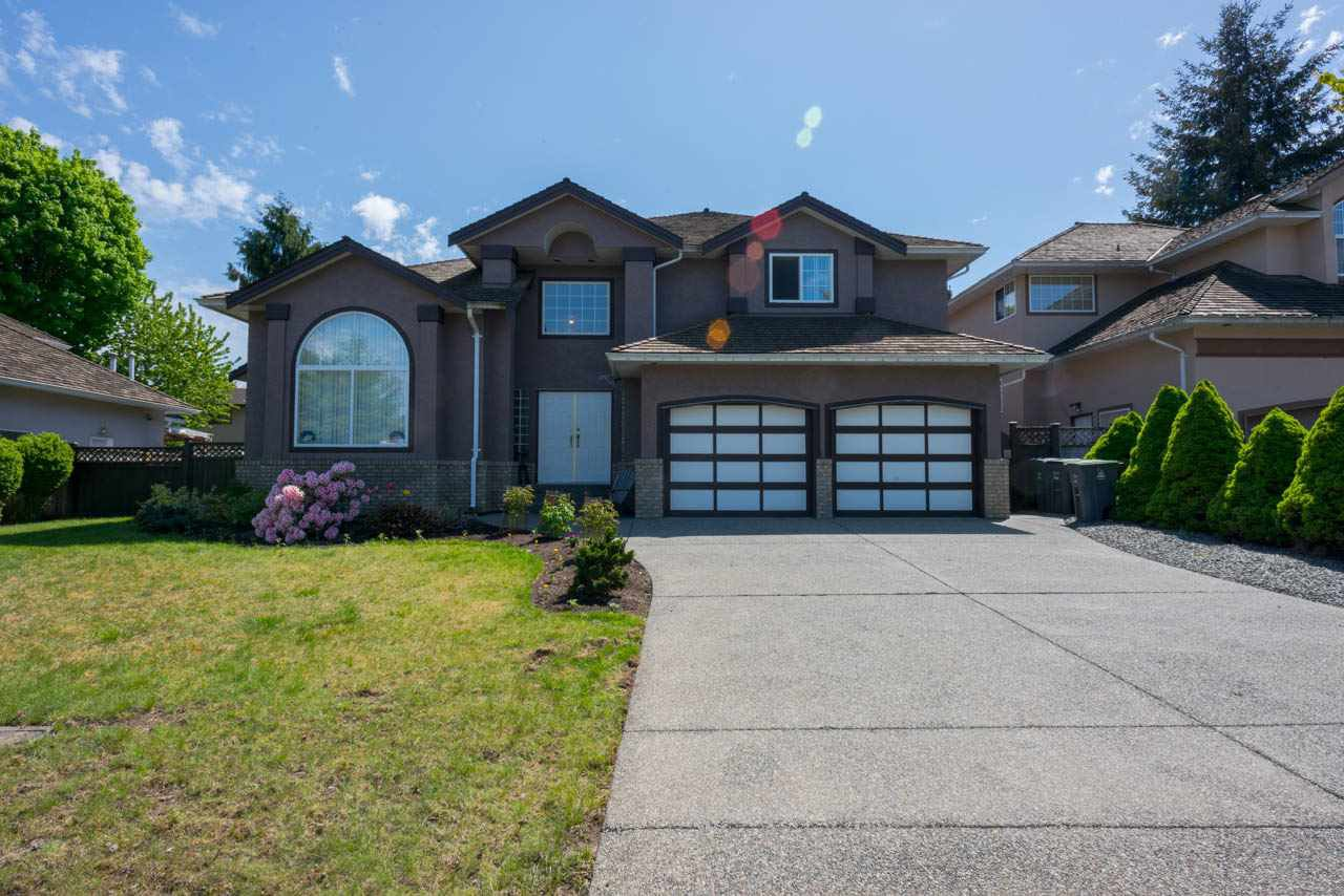 "Main Photo: 10120 157 Street in Surrey: Guildford House for sale in ""SOMERSET WOODS"" (North Surrey)  : MLS®# R2265658"