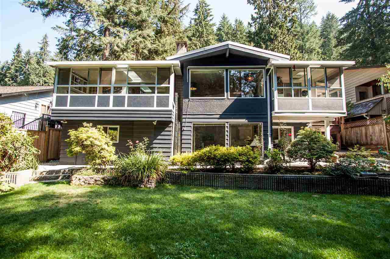 Photo 1: Photos: 2387 HYANNIS Drive in North Vancouver: Blueridge NV House for sale : MLS®# R2312625
