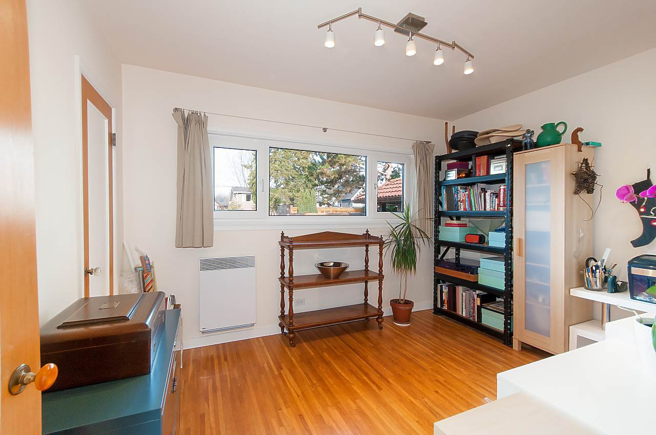 Photo 11: Photos: 3335 W 16TH Avenue in Vancouver: Kitsilano House for sale (Vancouver West)  : MLS®# R2339053