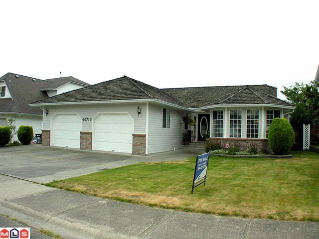 "Main Photo: 44713 KIMBERLY Place in Sardis: Vedder S Watson-Promontory House for sale in ""WATSON GLEN"" : MLS®# H1103712"
