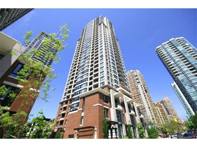 "Main Photo: 706 909 MAINLAND Street in Vancouver: Yaletown Condo for sale in ""Yaletown Park II"" (Vancouver West)  : MLS®# V924988"