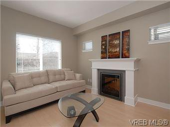 Photo 5: Photos: 1273 Goldstream Avenue in VICTORIA: La Langford Lake Residential for sale (Langford)  : MLS®# 305720